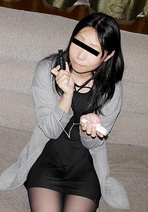 10musume 093021_01 初オナは小1というオナニー慣れした娘が 最新の大人のオモチャをモニターしちゃいました