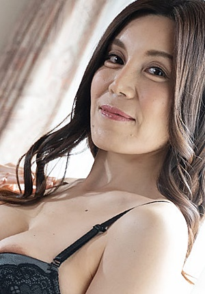 HEYZO-2465 美痴女~美麗な熟女に責められたい~ - 今宮慶子